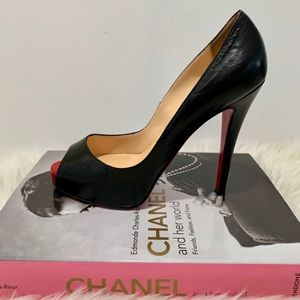 🖤CHRISTAIN LOUBOUTINS VERY PRIVE 120🖤